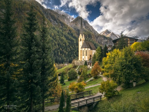 St. Vincent Pilgrimage Church in Heiligenblut am Grossglockner, Austria